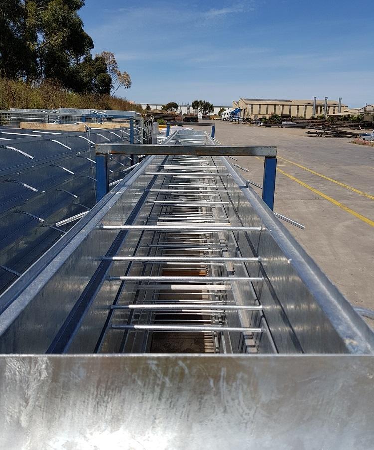 Floor access pit ways